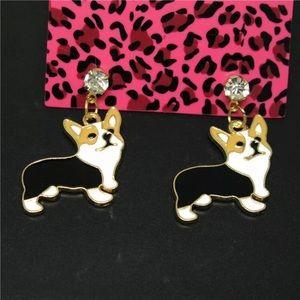 NWT Adorable Corgi Dog Animal Drop Earrings